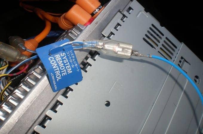 Установка антенного усилителя в авто