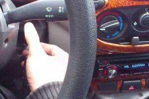 Как сделать чтобы магнитола не выключалась при запуске двигателя