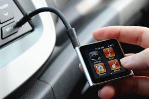 Как подключить флешку через AUX к магнитоле в машине