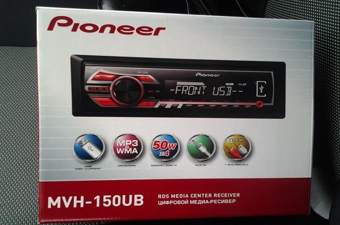 Pioneer MVH-150UB в коробке