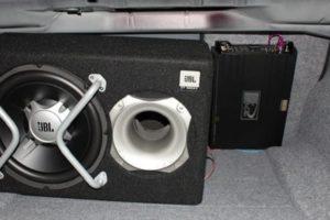 Схема подключения сабвуфера и усилителя к магнитоле в авто своими руками