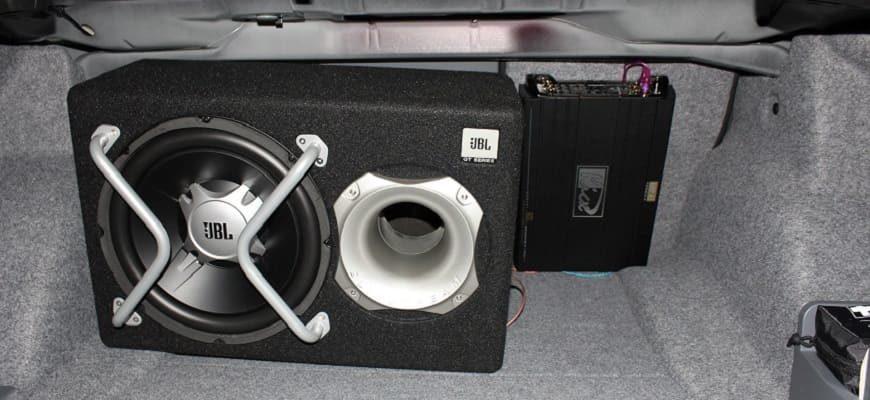 Схема подключения сабвуфера и усилителя к магнитоле в автомобиле