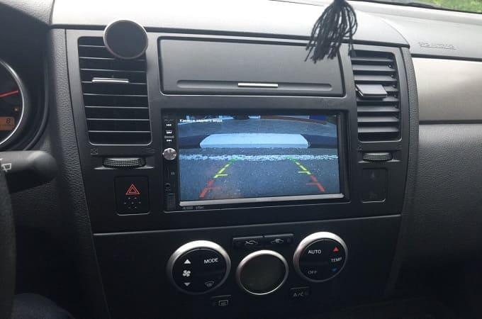 Prology DVU-800 в авто