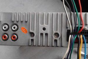 Распиновка ISO-разъема штатной магнитолы по цветам проводов