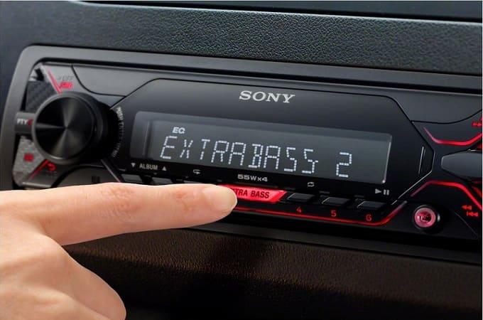 Sony DSX-A210UI в авто