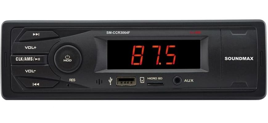 Бюджетная автомагнитола Soundmax SM-CCR3064F